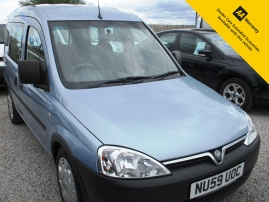 2009 - VAUXHALL COMBO TOUR 5DR - ONLY 31,000 MILES - WHEELCHAIR ACCESS - NO VAT